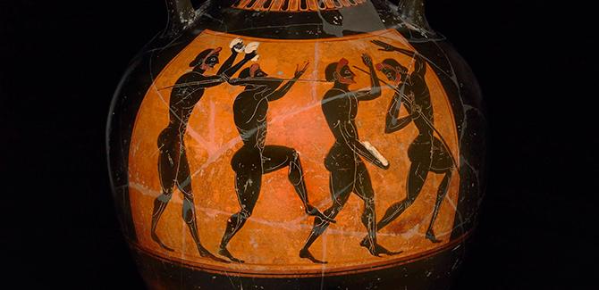 (Attributed to the Euphiletos Painter from Vulci, Italy), Black-figured Panathenaic Prize-Amphora (530-520 BC), 61.8 (h) x 41 cm (diameter).