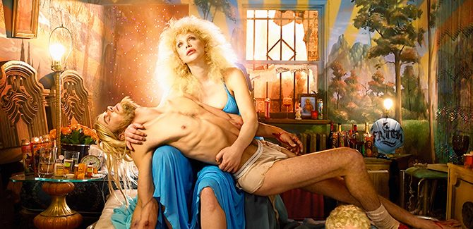 David LaChapelle, Courtney Love: Pieta, Los Angeles, 2006